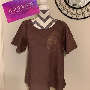 Imported from Korea:Linen Brown Large flare Top.